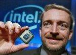 Pat Gelsinger zeigt den Xeon 5500