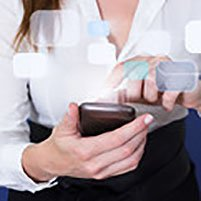 Woman using Smartphone, © dandaman – Fotolia