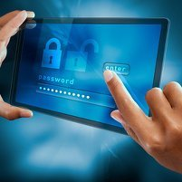 a woman finger sign a password on a tablet, © flydragon – Fotolia