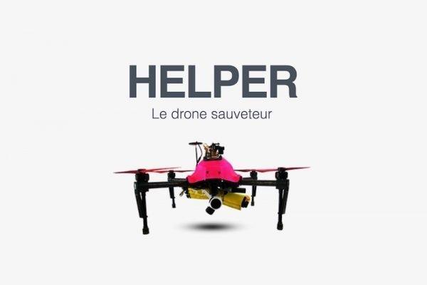 Quadrocopter am Badestrand bringen Rettungskissen