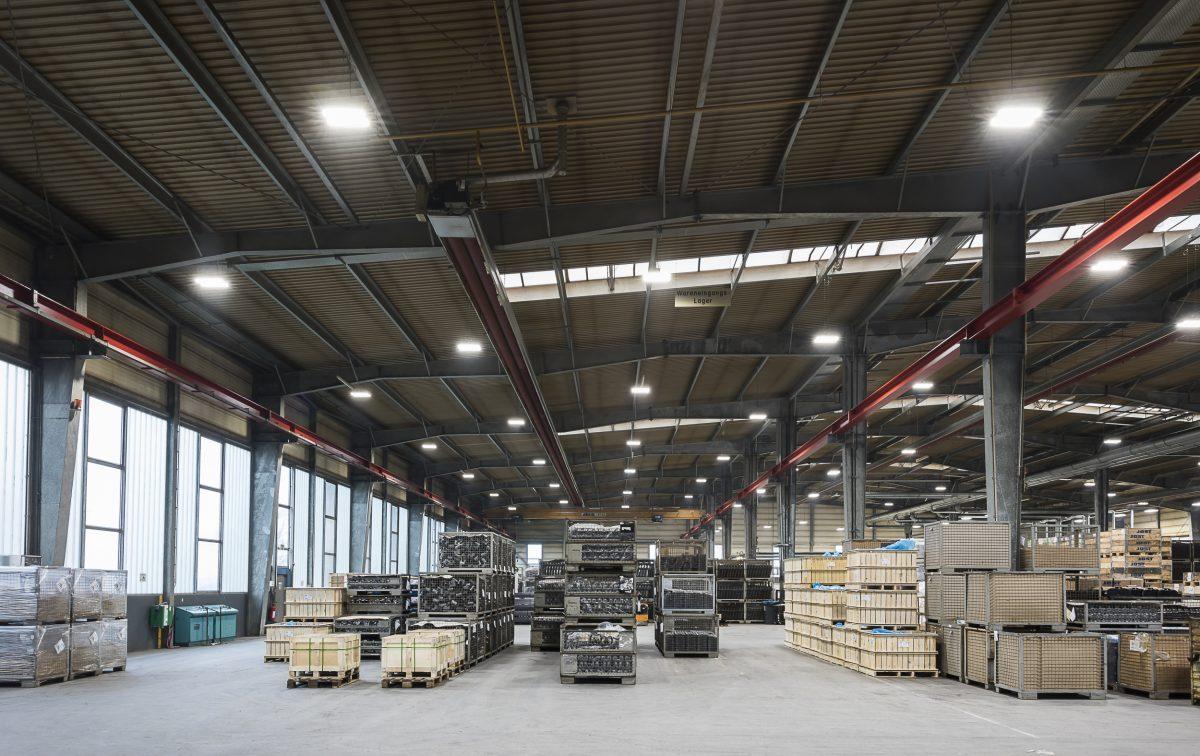 In Verbindung Mit Einem Intelligenten Beleuchtungskonzept Können Die  Energiesparenden Lampen Den Stromverbrauch Und Die Kosten Deutlich Drücken.