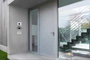 Smart-Home-Türstation kombiniert Ruftaste und Keypad