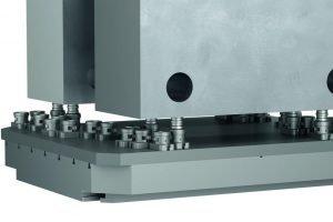 138-mm-Spannsystem schafft 40-Tonnen-Teile