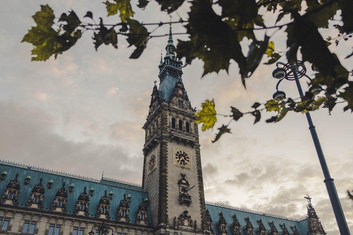 VideokonferenzenHamburgs Datenschützer warnt vor Zoom